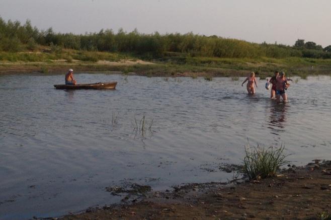 лето в Петрикове на реке