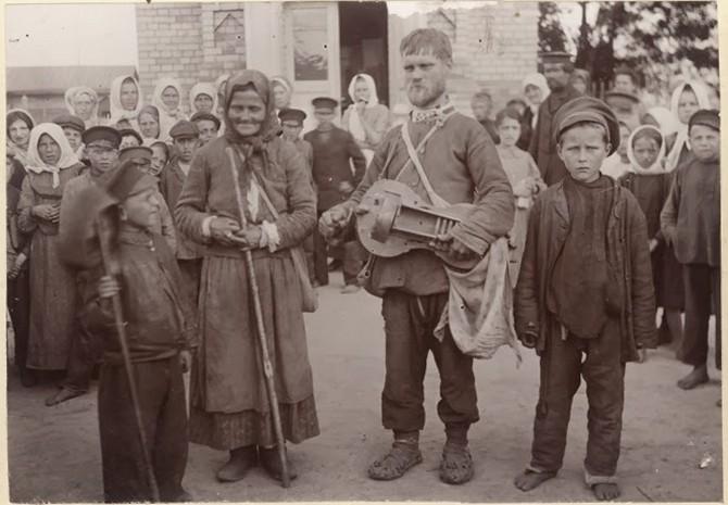фото слепой гусляр в Петрикове