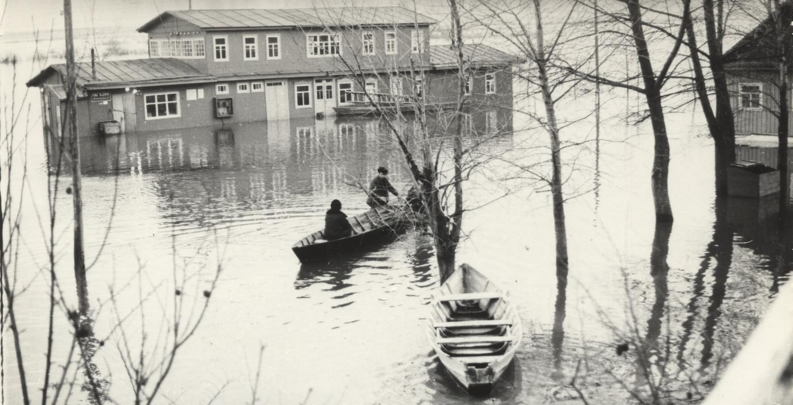 пристань во время наводнения