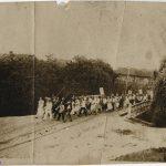 Фото Петриков 30-е, марш пионеров через мост в Белке (100retro)
