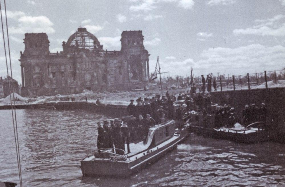 катер Днепровской флотилии на Шпрее