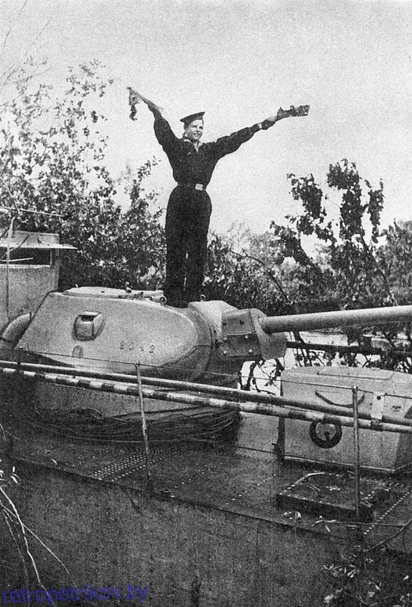 фото сигнальщика Днепровской флотилии