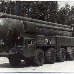 В СССР первый ракетный полк с комплексом «Пионер» SS-20 заступил на боевое дежурство 30.08.1976 г. в г. Петриков (150 retro)