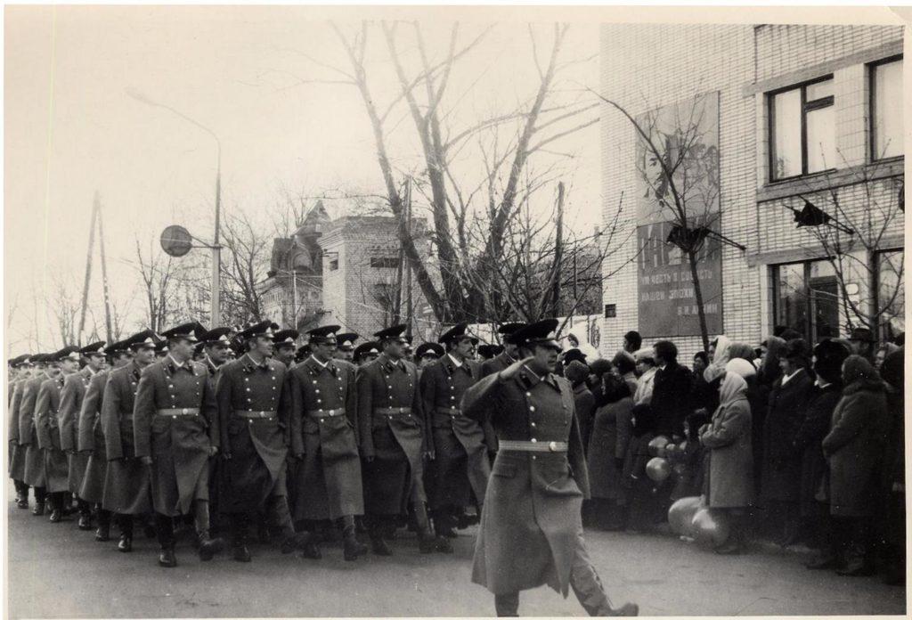 фото офицерской колоны