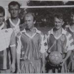 Футболисты после игры (168retro)